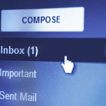 This Is the Best Way to Start Your Email—If You Want a Reply
