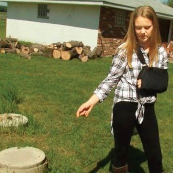 A Teenage Girl Voluntarily Went Into A Septic Tank to Save a Little Boy