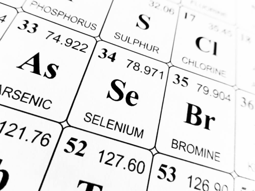 Selenium on the periodic table of the elements