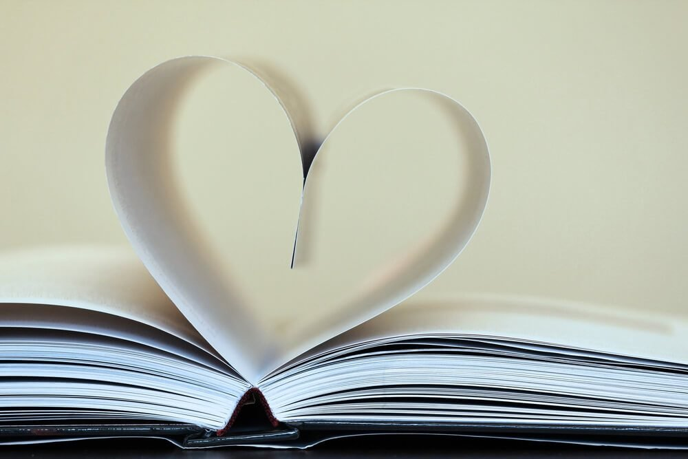 Unforgettable Love Poems for Every Mood | Reader's Digest