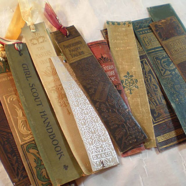 Brilliant-Ways-to-Repurpose-a-Pile-of-Old-Books