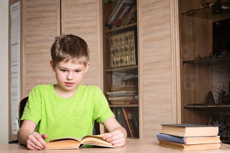 Kid-studying