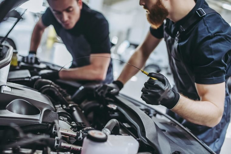 Cheap Brake Jobs >> Things Your Car Mechanic Won't Tell You | Reader's Digest