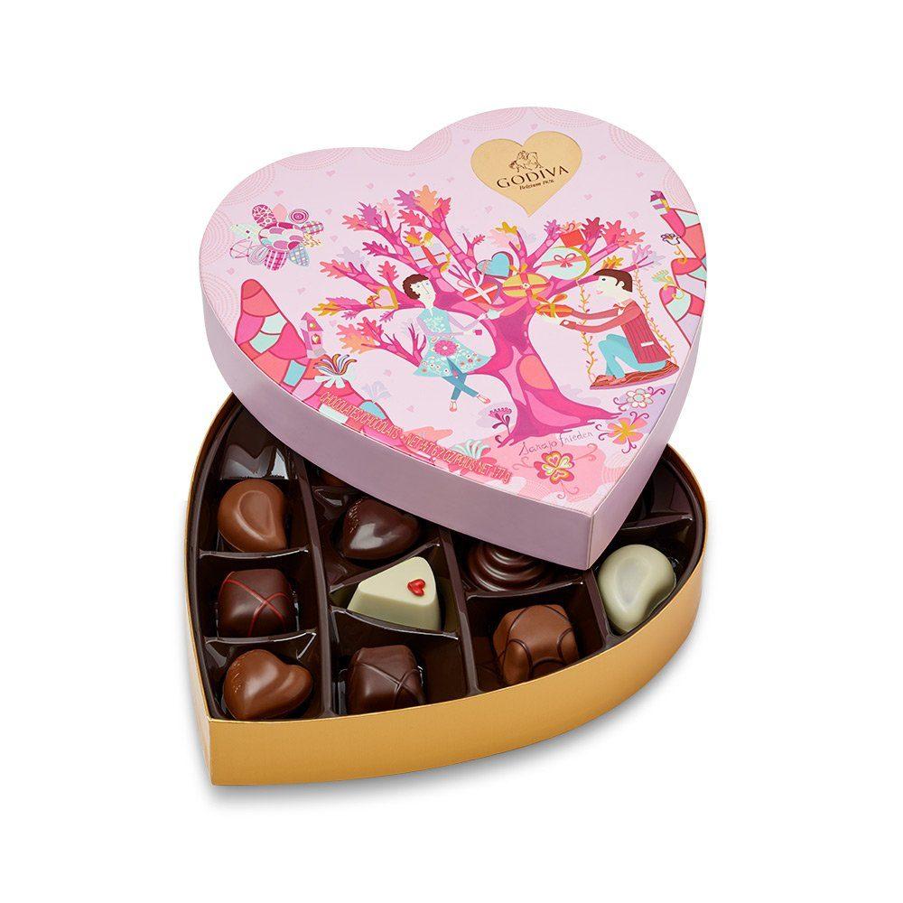 heart chocolate box