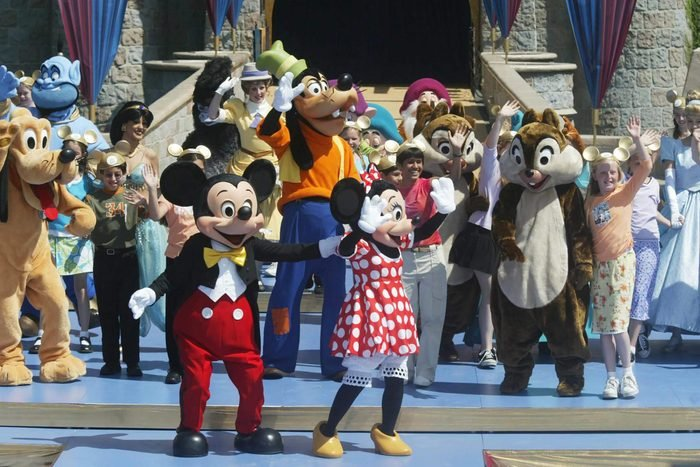 Disney Characters (l-r) Mickey Mouse Goofy and Minnie Come On the Stage at the Finale of the Celebration Planned For the 50th Anniversary of the Disneyland Theme Park in Anaheim California On Wednesday 05 May 2004 Disney Ceo Michael Eisner Named Julie Andrews Special Disneyland Ambassador For the 50th Anniversary Disneyland Opened On July 17 1955