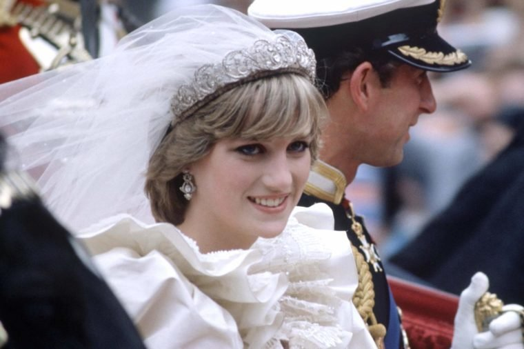 Secrets you didn 39 t know about prince charles 39 and princess for Diana pics