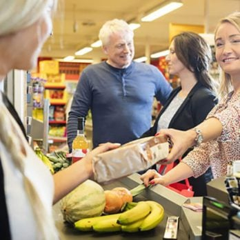 11 Things That Frustrate Every Grocery Store Employee
