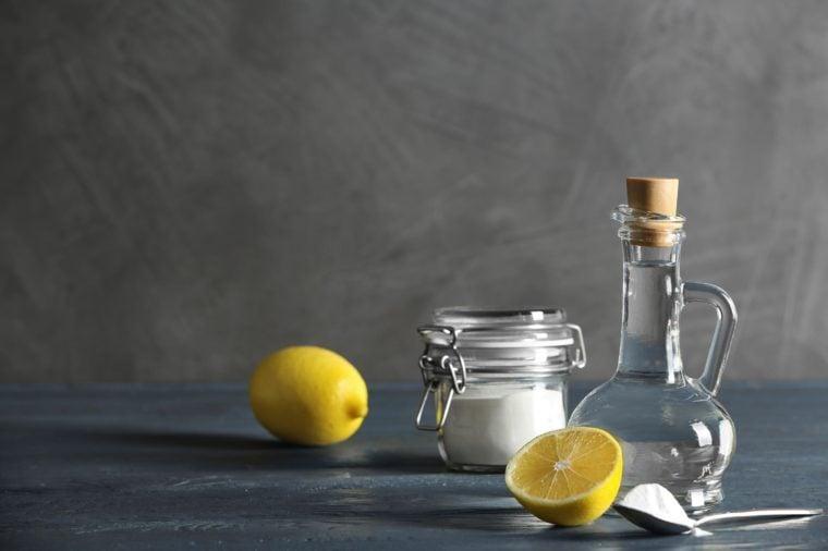 baking soda vinegar lemons
