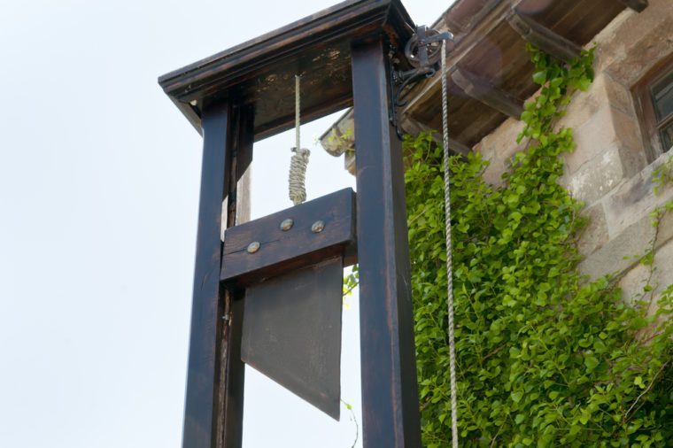 guillotine_weird time facts