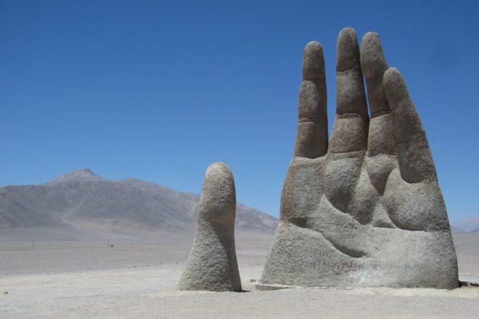 Mano del Desierto; a big hand