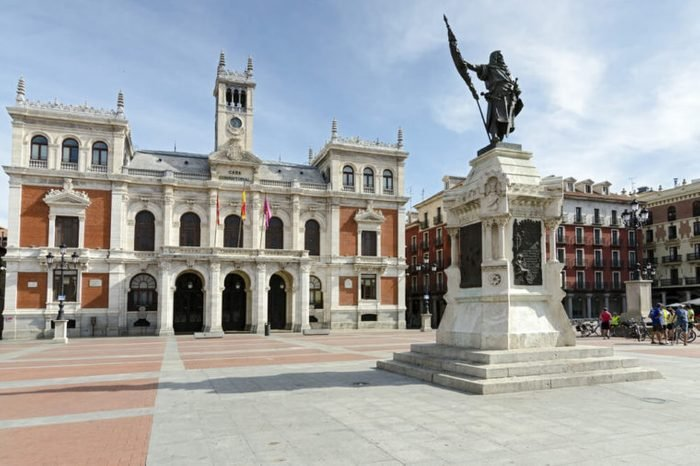 Statue of Count Pedro Ansurez (1037-1118) opposite the town hall of the city of Valladolid, Spain