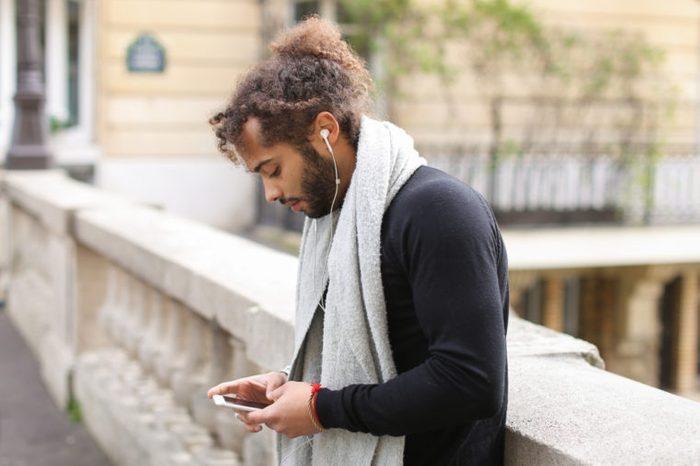 headphones_motivational speakers
