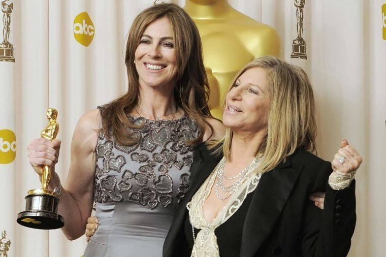 Us Director Kathryn Bigelow Holds Her Award As She Stands with Presenter and Us Singer Barbara Streisand (r) at the 82nd Annual Academy Awards at the Kodak Theater in Hollywood California Usa 07 March 2010 Bigelow Won For Achievement in Directing For 'The Hurt Locker ' the Oscars Are Awards Presented For Outstanding Individual Or Collective Efforts in Up to 25 Categories in Filmmaking United States Hollywood