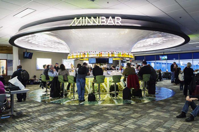 airport bar