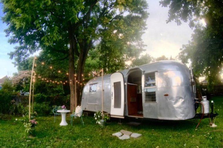 Top Airbnb Rentals Under $100 in All 50 States | Reader's Digest