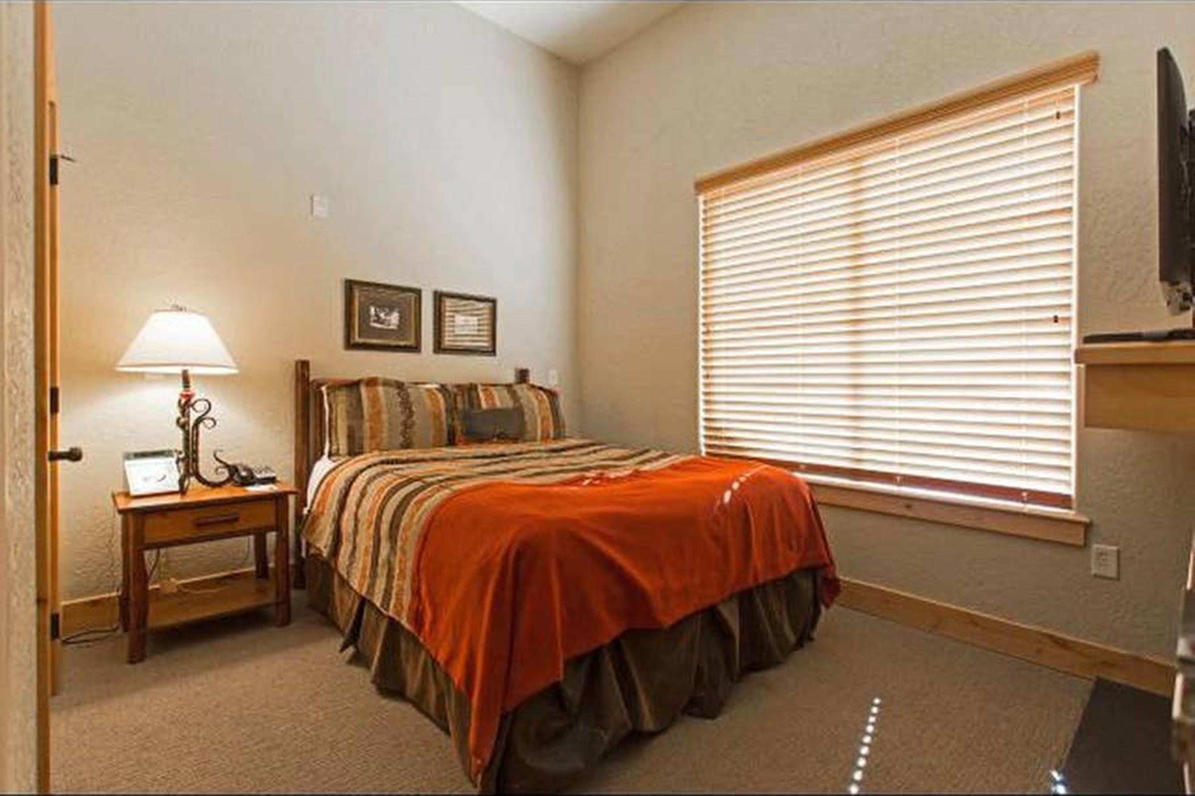 44_Utah--Resort-style-condo-in-Park-City