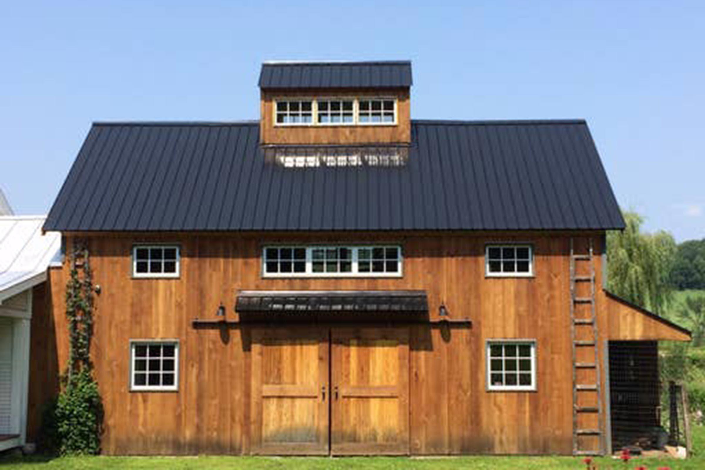 Vermont: A barn near Hinesburg