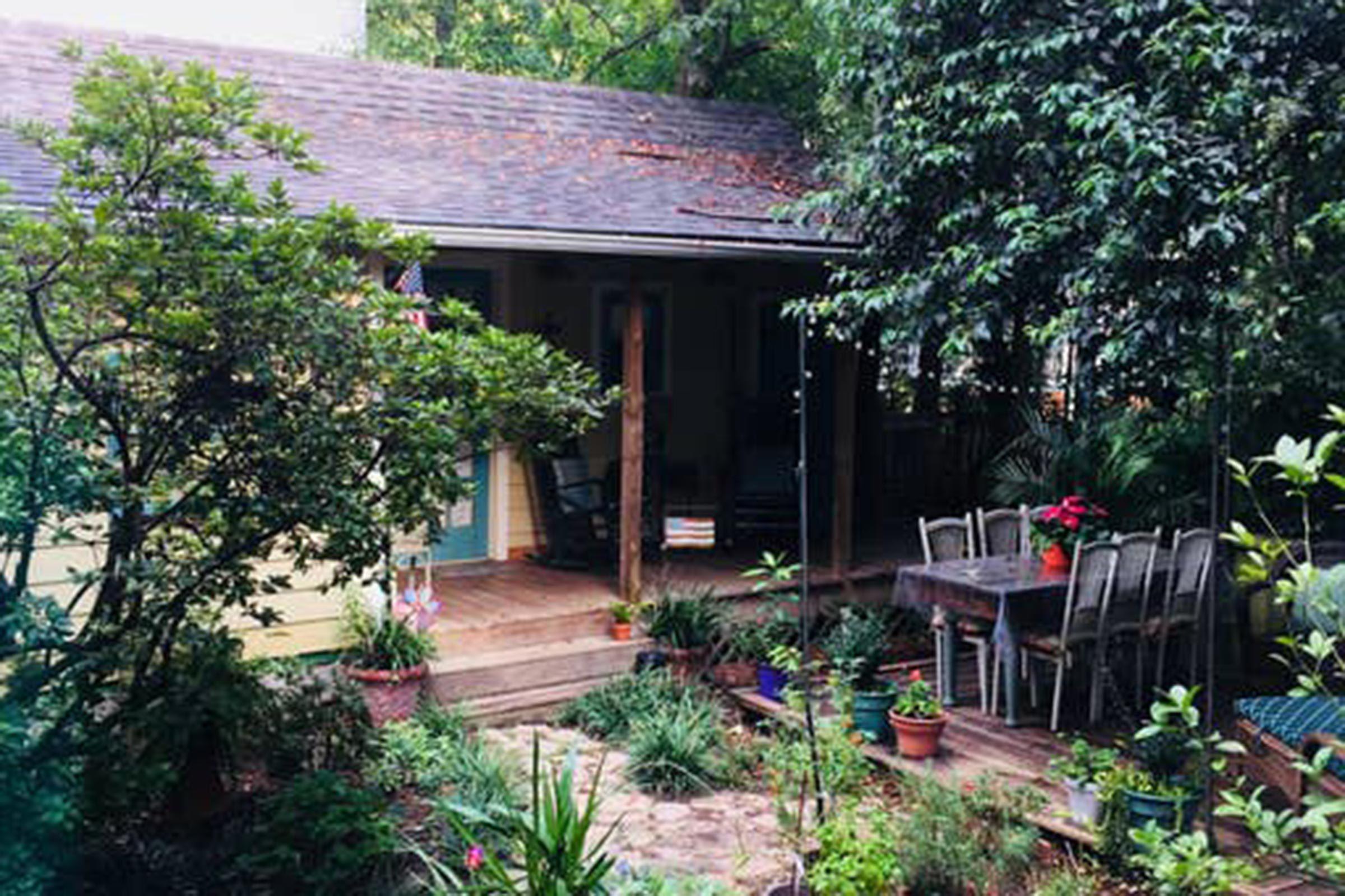 Mississippi--A-cottage-in-Jackson