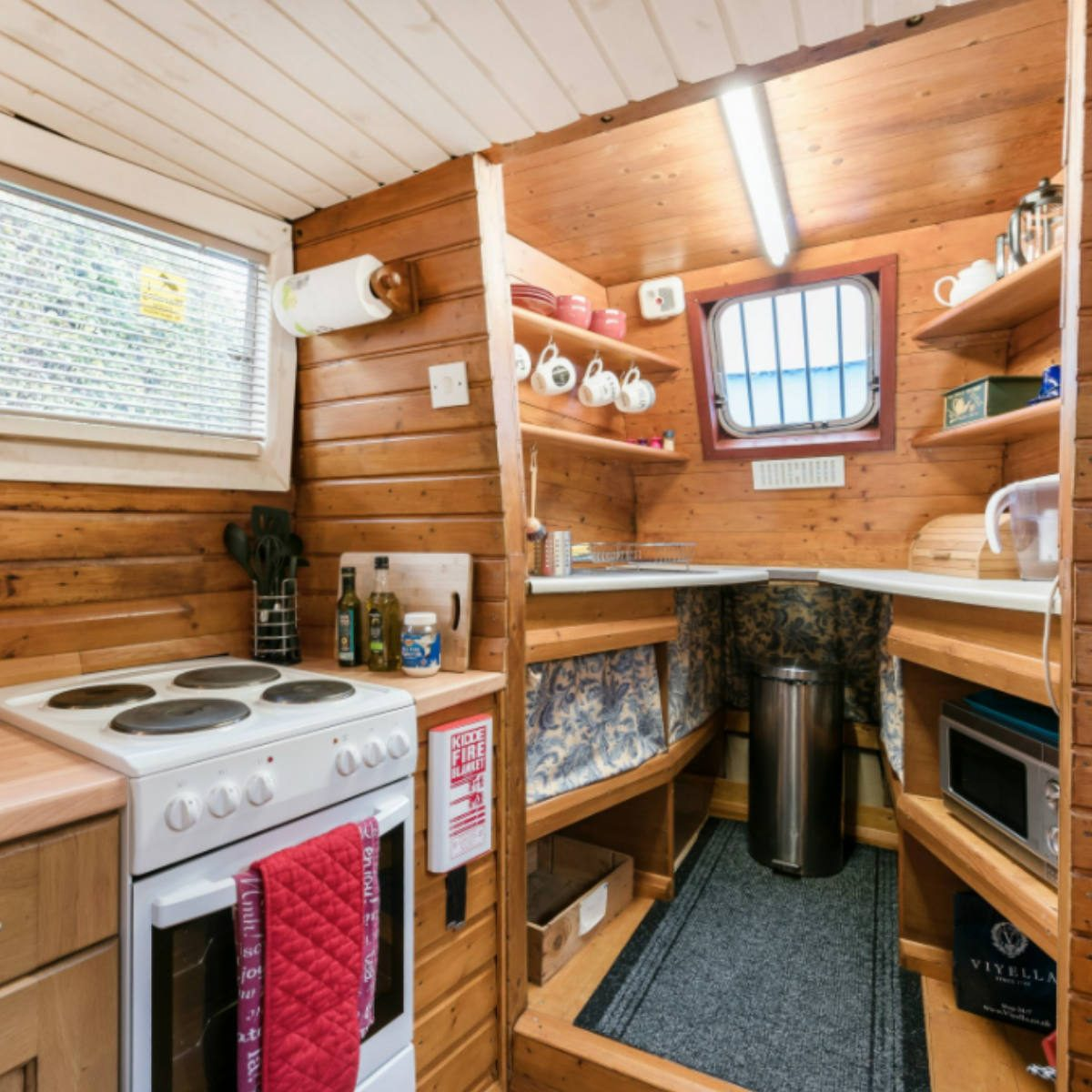The Best Airbnb Cities For Home Decor Ideas: These 50 Airbnb Houseboats Are Like Living In A Floating