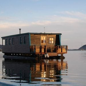 These 43 Airbnb Houseboats Are Like Living in a Floating Tiny House