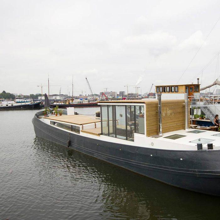 tiny house boat