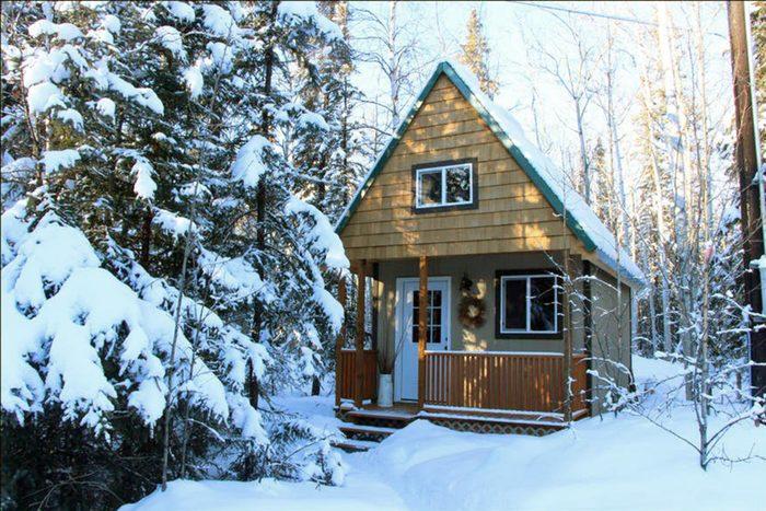 02_Alaska- A cozy cabin in the North Pole