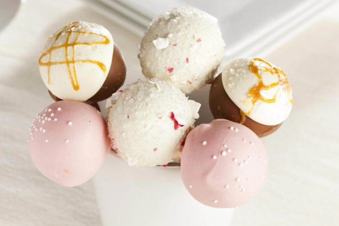 Homemade Gourmet Cakepops ready to be served