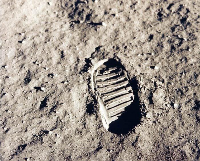 footprints_moon facts