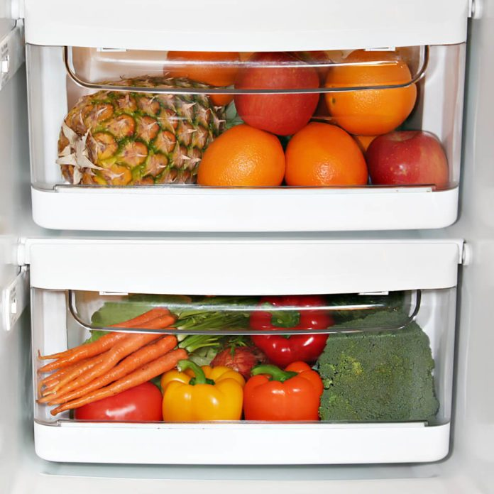 Here's the Right Way to Use Your Refrigerator's Crisper Drawer