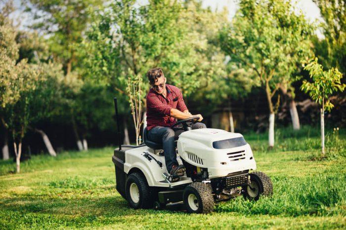 lawn mower_freak accidents