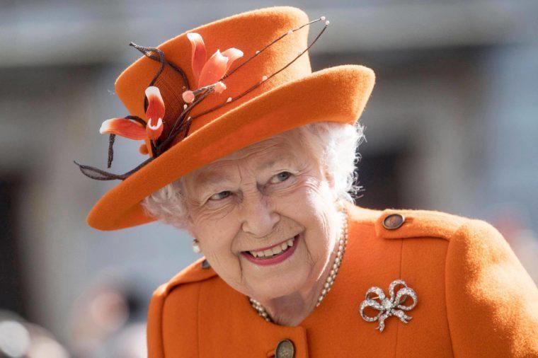 Queen Elizabeth visits Royal Academy of Arts, London, United Kingdom - 20 Mar 2018