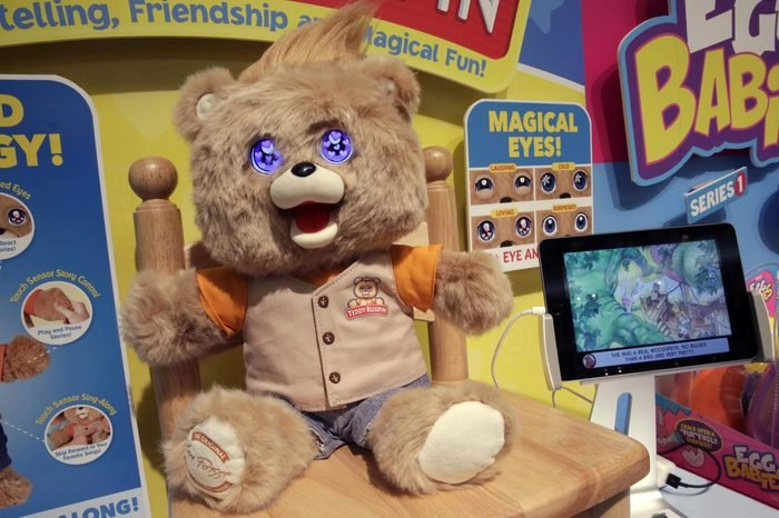 """The """"Teddy Ruxpin"""" interactive animatronic bear, from Wicked Cool Toys, is shown at the 2017 TTPM Holiday Showcase, in New York"""