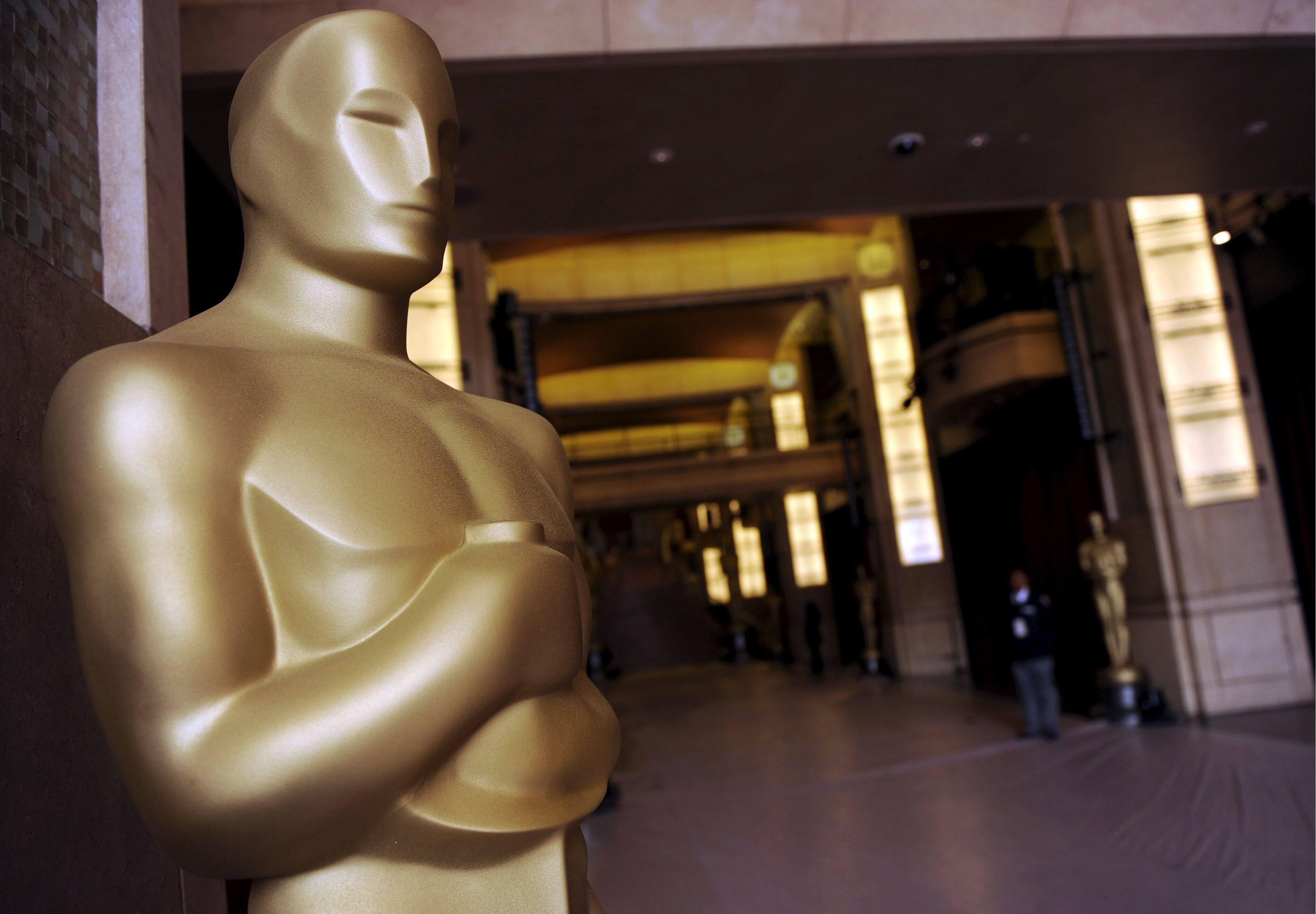 The 15 Best Oscar Jokes of All Time