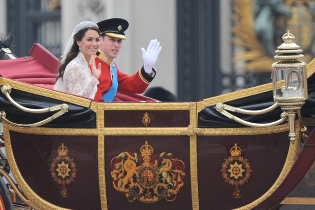 Prince William and Princess Catherine Makes Their Way Back to Buckingham Palace in an Open Carriage After Their Marriage