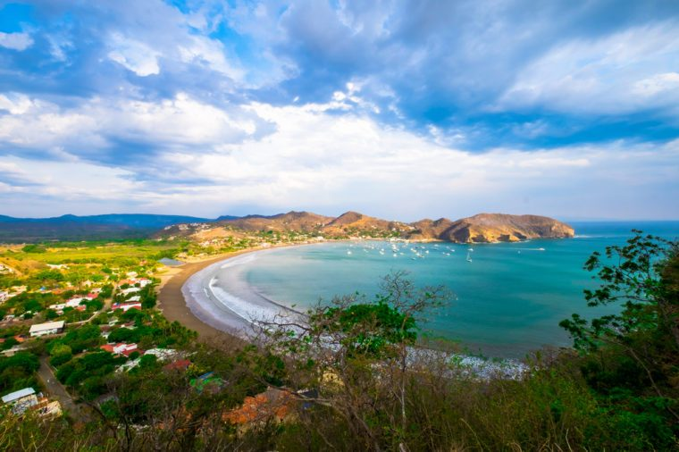 San Juan Del Sur Nicaragua Beach Beautiful View Sky Tourism Tourist Destination Pacific Ocean Rocks Rain Forest Jungle Tourist Tourism Destination Tropical Paradise Travel Outdoor Landscape Backround