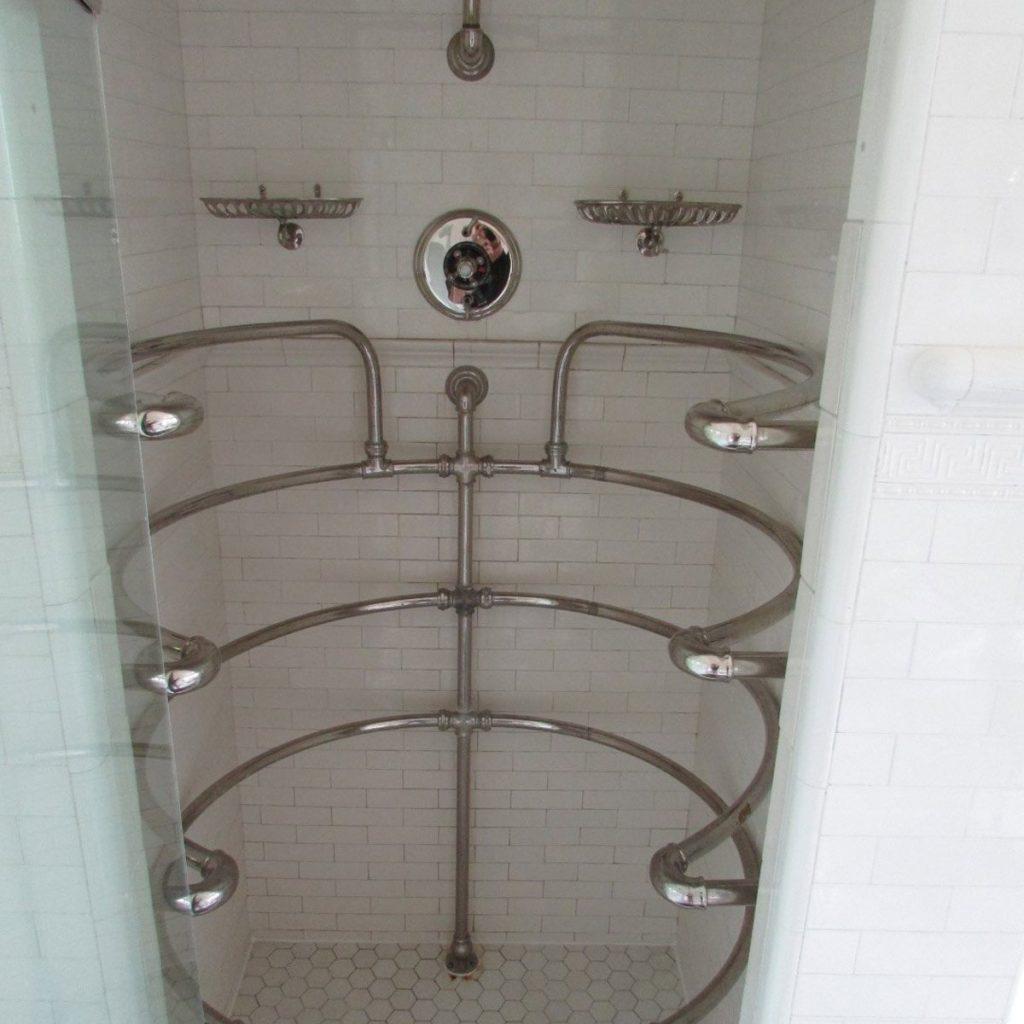 26-Cool-shower