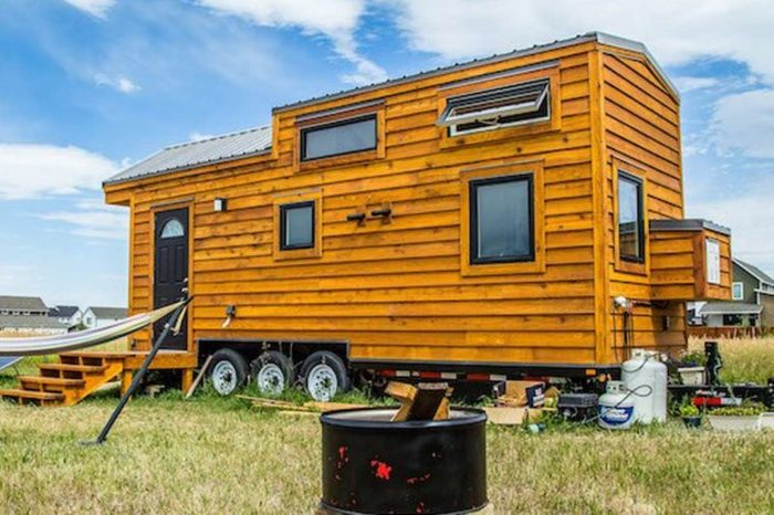 26-bozeman-montana-tiny-house-2-1200x1200