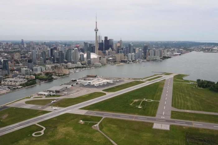 Low flying around Billy Bishop Airport