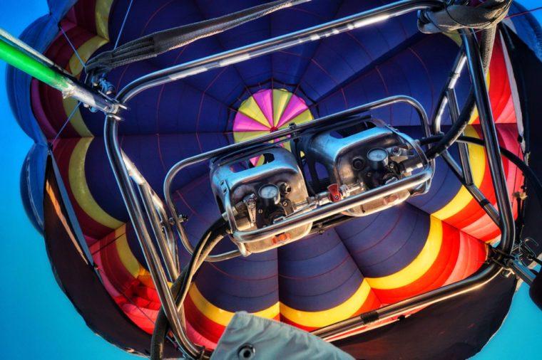 Hot air balloon engines. Hot air balloon flight.