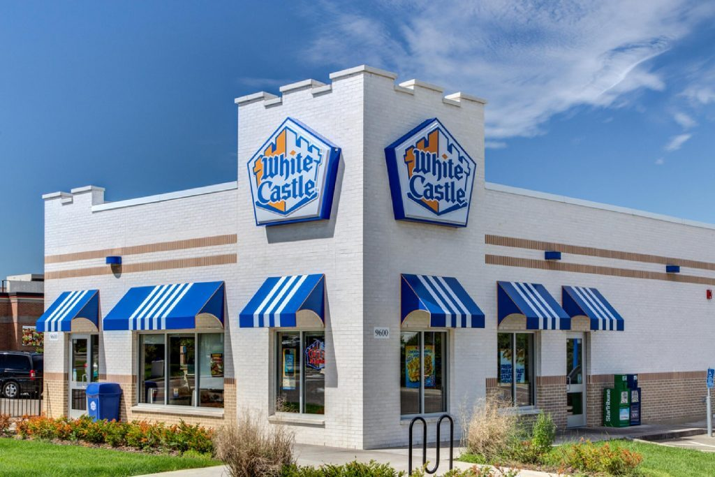 BLOOMINGTON, MN/USA - JUNE 21, 2014: White Castle restuarant exterior. White Castle is a fast food restaurant chain and generally credited as the first fast food chain in the United States.