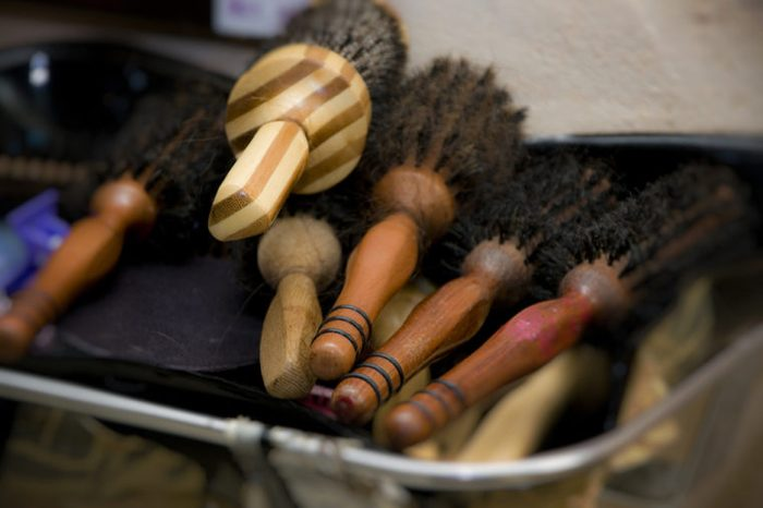 Hair brushes, hairdresser tools, wooden brushes