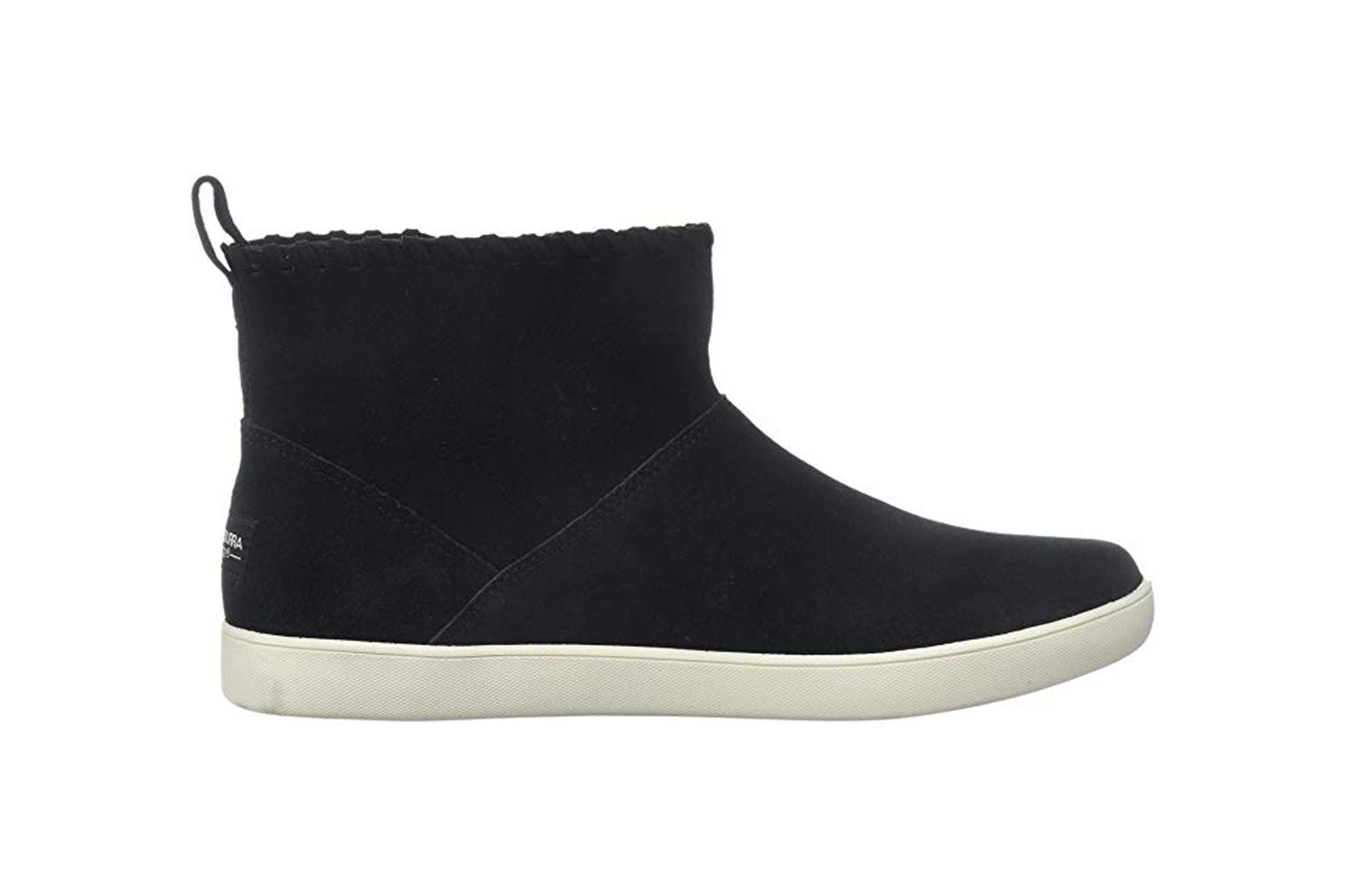 Koolaburra by UGG Women's W Rylee Fashion Boot Black 8 Medium US