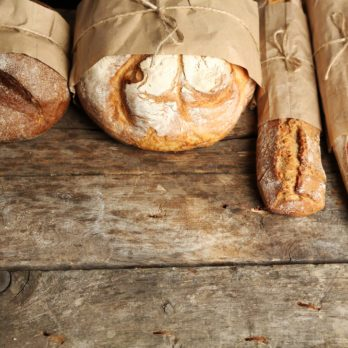 This Is the Real Reason Supermarkets Sell Bread in Brown Bags