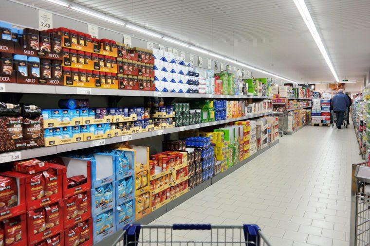 03-aldi-groceries-cheaper-wal-mart-shutterstock_307424672-300x300Slide3
