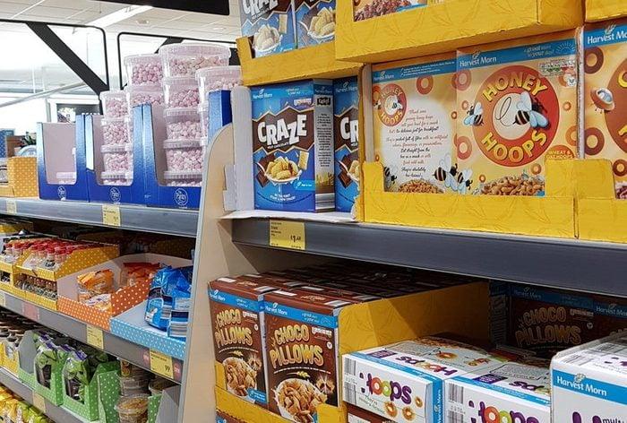 01-aldi-groceries-cheaper-wal-mart-shutterstock_757426480-300x300Slide1