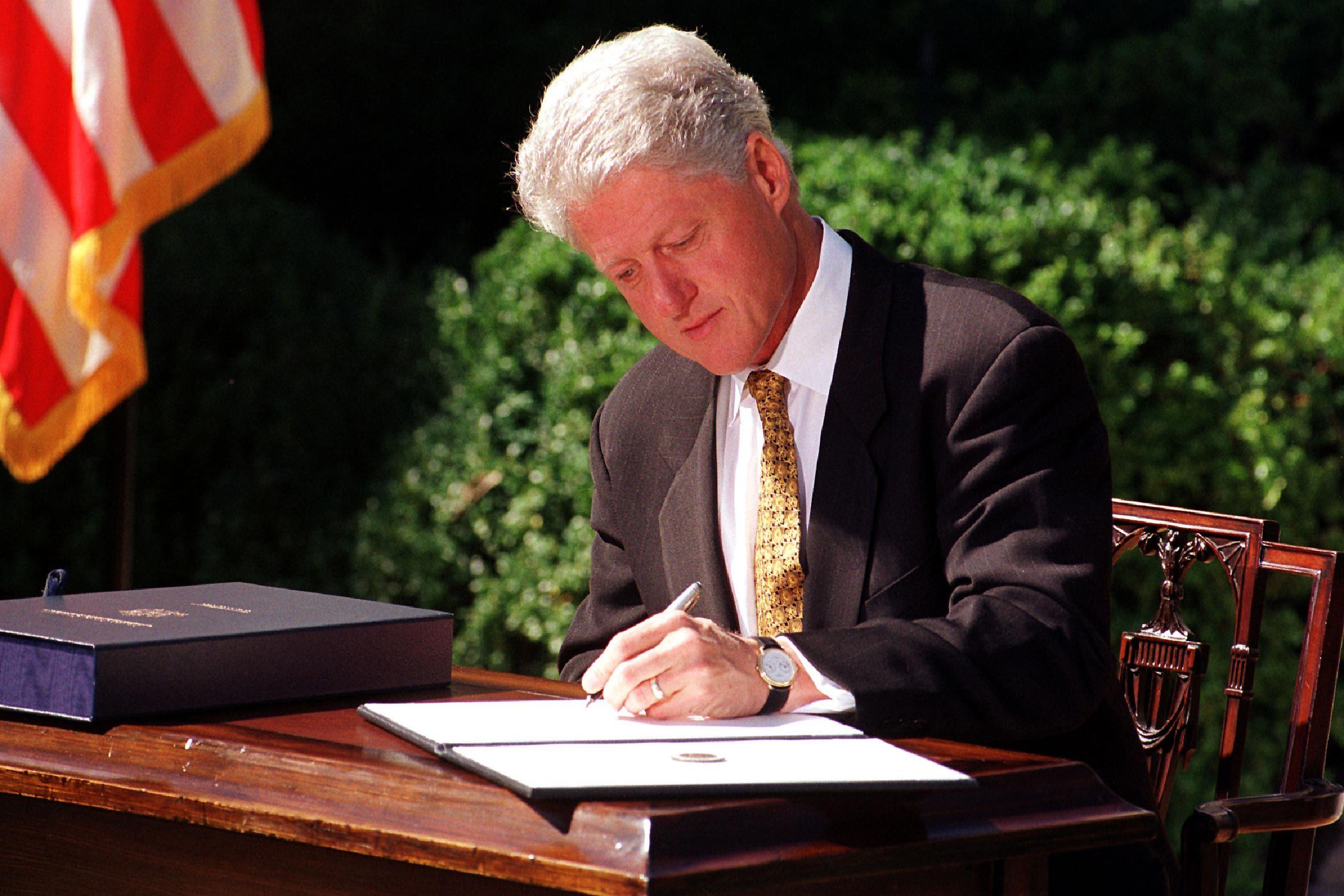 U.S. President Bill Clinton vetos the Republicans' 792 billion dollar tax cut on 23 September, 1999.