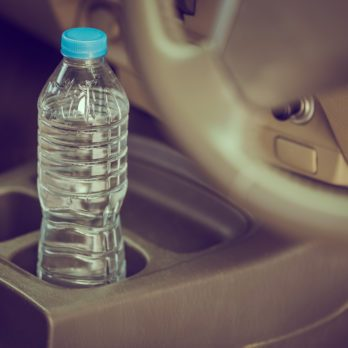 15 Things You Should Never Leave in the Car
