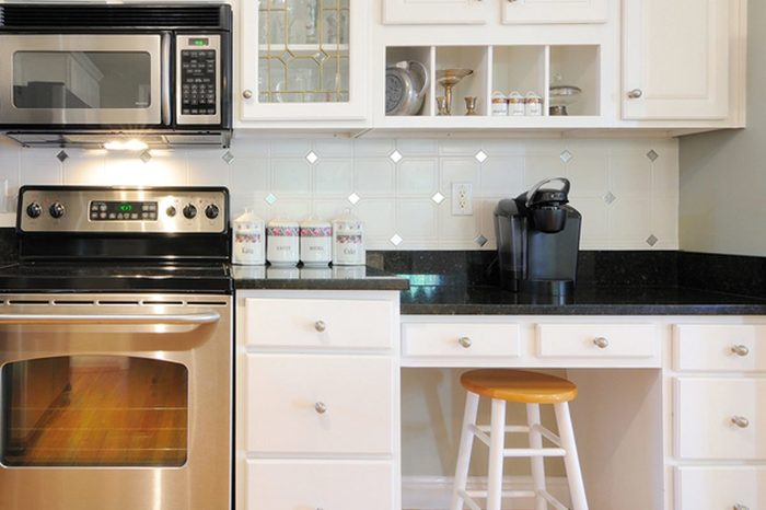 12-kitchen-trends-way-out-shutterstock_64410925