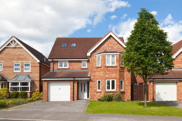 New english detached houses