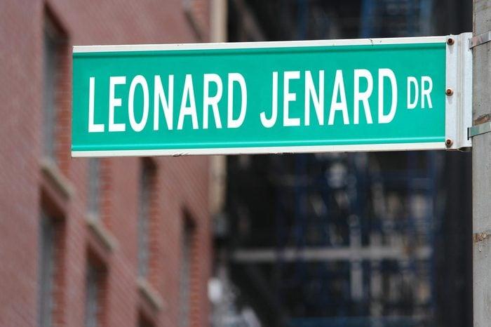 Leonard Jenard Dr.